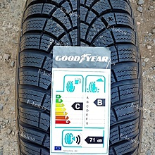 Goodyear Ultragrip 9+ 185/65 R15 92T